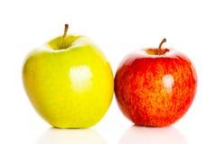 Apple isolerade på vit bakgrundsmat Royaltyfri Foto