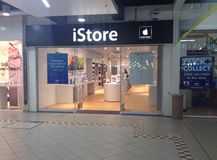 Apple istore. Royalty Free Stock Photo