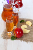 Apple juice and fresh red apples Royalty Free Stock Images
