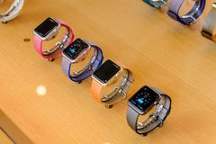Apple lager på den Nanjing vägen i Shanghai Arkivbild