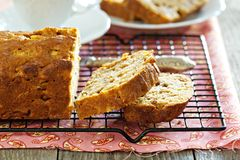 Apple loaf cake Royalty Free Stock Photography