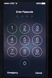 Apple 5 lub 5s wchodzić do passcode ekran Obraz Royalty Free