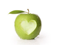 Apple mit Herzen formen Stockbild
