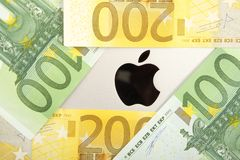 Apple money Royalty Free Stock Photos