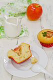 Apple muffins with fresh apples Royalty Free Stock Photography