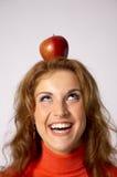 Apple na cabeça Imagens de Stock Royalty Free