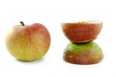Apple in natuurlijke schoonheid en bedorven door kosmetische surgey Royalty-vrije Stock Afbeeldingen