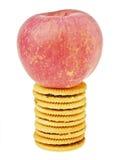 Apple no biscoito Imagens de Stock Royalty Free