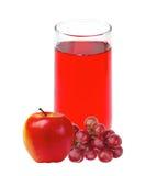Apple och druvafruktsaft i exponeringsglas som isoleras på vit Royaltyfria Bilder