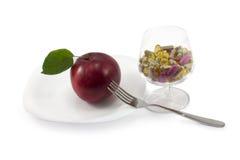Apple och pills Royaltyfri Fotografi
