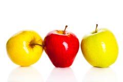 Apple odizolowywał na białych tło owoc zdrowym odżywianiu Obrazy Stock