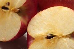Apple op een witte plaat Stock Foto
