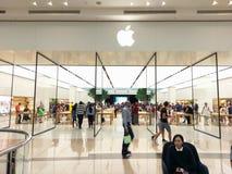 Apple-opslag binnen het Winkelende Centrum van Chadstone in Melbourne stock foto's