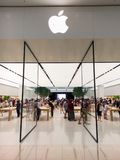 Apple-opslag binnen het Winkelende Centrum van Chadstone in Melbourne stock foto