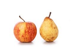 Apple, pera isolata su bianco Immagini Stock