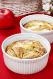Apple pie in ceramic bowl Royalty Free Stock Photos