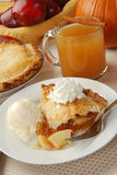 Apple pie and cider Royalty Free Stock Photography