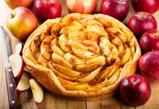 Apple pie with fresh fruits Stock Photography