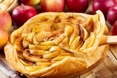 Apple pie with fresh fruits Royalty Free Stock Images