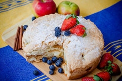 Apple pie and fruits. Apple pie with starwberrys and bluberiies Royalty Free Stock Images