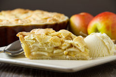 Apple pie a la mode, horizontal Royalty Free Stock Images