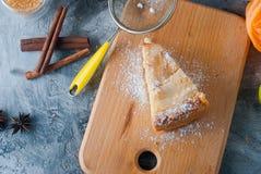 Apple pie,  tea and apple on a  table Royalty Free Stock Photos