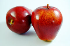 Apple portent des fruits, fruit artificiel - c'est le fruit contrefait 2 Photos libres de droits