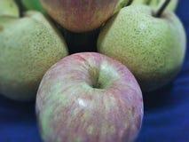 Apple pour votre bon fruit de santé Photos stock