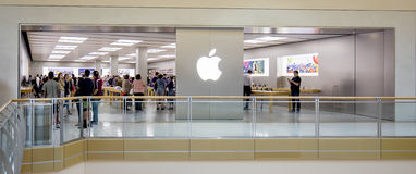 Apple Retail Store. The Apple retail store at International Mall in Tampa, Florida is a very popular and busy retailer selling the latest technology products royalty free stock photo