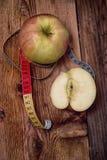 Äpplen vegetariskt kök Arkivbild