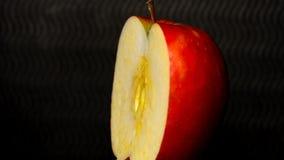 Apple som vänder med ett snitt lager videofilmer