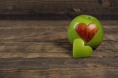 Apple sous forme de coeur Image libre de droits