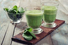 Apple and spinach smoothie royalty free stock photography