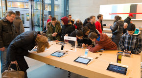 Apple stockent Images libres de droits