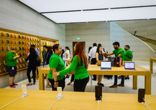 Apple Store στον οπωρώνα Rd, Σιγκαπούρη Στοκ Εικόνες
