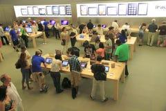 In Apple Store Stockfoto