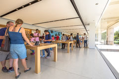 Apple Store California Royalty Free Stock Photo