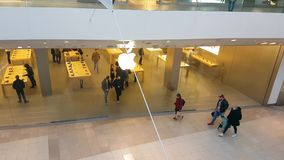 Apple Store en Lyon Francia metrajes