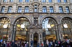Apple Store in Londen Stock Afbeeldingen