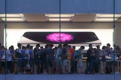 Apple Store visar Royaltyfri Foto