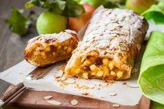 Free Apple Strudel Royalty Free Stock Photo - 43085145