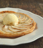 Apple tart with vanilla ice cream Stock Photography