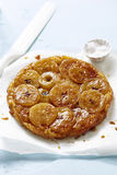 Apple tartetatin Arkivfoto
