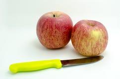 Apple und Fruchtmesser Lizenzfreies Stockfoto