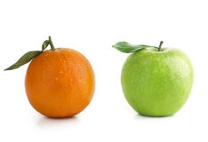 Apple und orange Unterschied Stockbilder