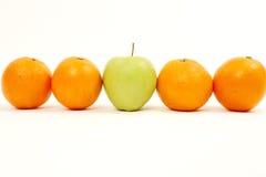 Apple und Orangen Stockfotografie