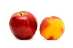 Apple und Pfirsich Lizenzfreie Stockfotografie