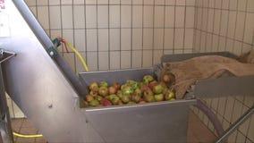 Apple vinpress lager videofilmer