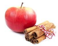 Apple y cinamomo Imágenes de archivo libres de regalías
