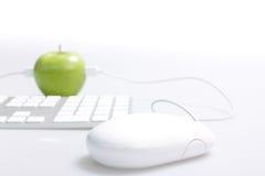 Apple y ordenador Foto de archivo libre de regalías